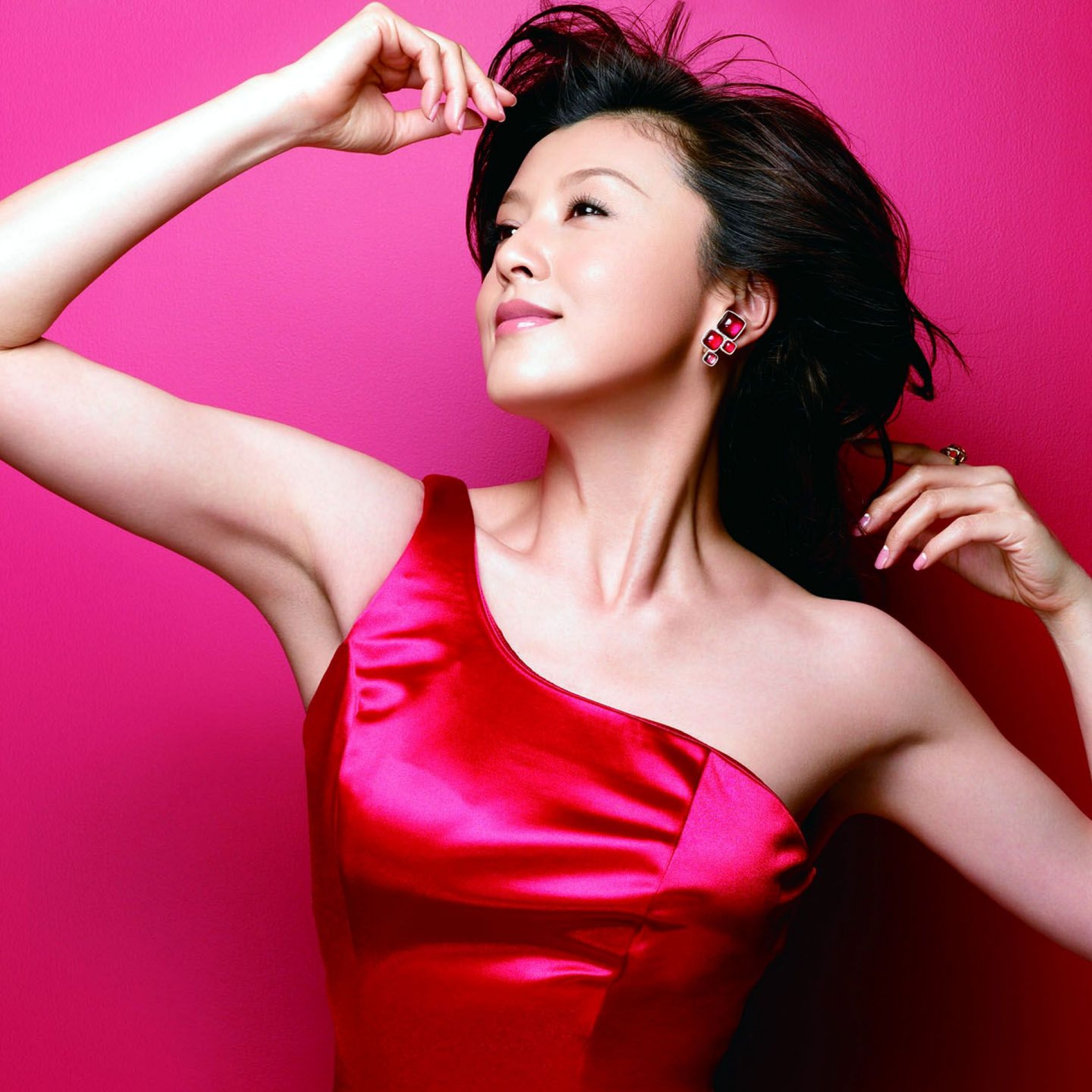 ショッキングピンクドレスの藤原紀香